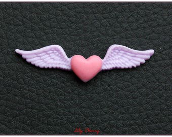 Cabochon resin winged heart & x 1