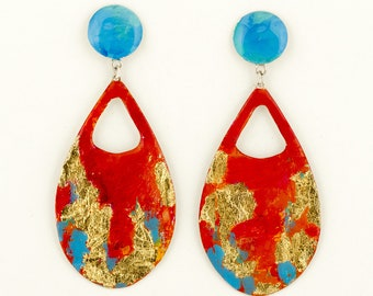 Big drop earrings, red-orange and blue for your prom