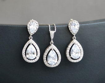 Crystal drop earrings and necklace, bridesmaid jewelry set, crystal wedding jewelry