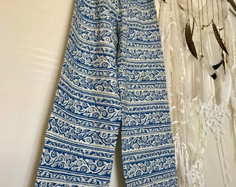 VINTAGE  1960s Hand Screen Printed  WOMENS PANTS Medium