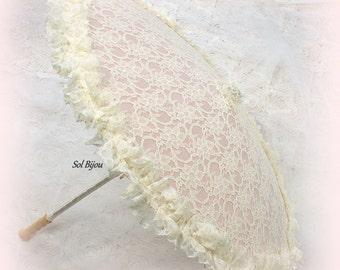 Ivory Wedding Lace Parasol, Rose Parasol, Vintage Style Parasol, Elegant Sun Umbrella, Photo Prop Parasol, Elegant Parasol