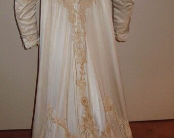 Original Edwardian Cream Silk Satin Heavy Lace Trim Wedding/ Ball Gown Item # JH 152  Victorian