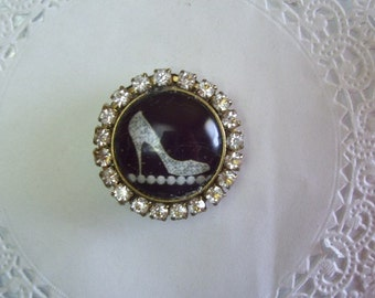 Stiletto Magnet (644) - Rhinestone Stiletto Refrigerator Magnet - Recycled Jewelry - Office Magnet - Jeweled Magnet