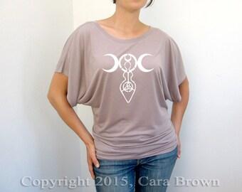 Goddess T Shirt Women's Short sleeve crescent moon Wiccan goddess symbol