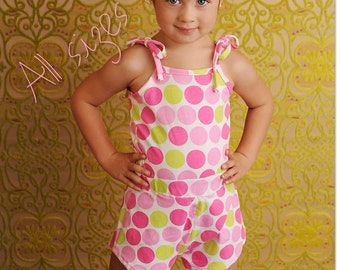 Roller Skate Romper PDF Pattern, fitted waist, Baby, Toddler Girl newborn to 2T