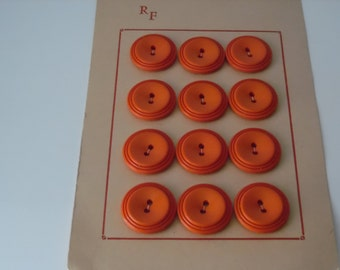Vintage buttons. set of twelve vintage plastic buttons. Retro buttons. Carded buttons