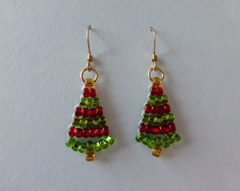 Christmas tree earrings. Woven Czech glass and wire. Red, green and gold.