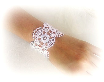 Lace bracelet white ivory embroidered lace cuff bracelet bridesmaid bracelet wedding jewelry bridal lace cuff gift for her