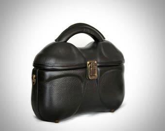 Parisienne leather bag,shoulder,handbag,handmade,handcrafted,brown,vintage,boho,rigid,hard,genuine,real, unique,good quality,cross,black,