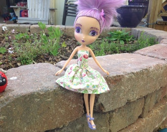 Repaint Rescue Doll by TangoBrat - Iris 15-007