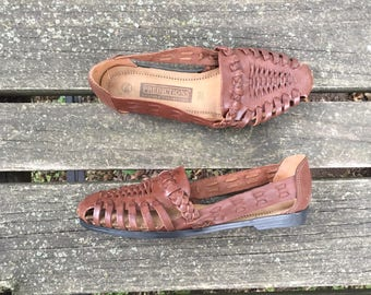 Size 9.5 Brown Huaraches Woven Leather Slip Ons Made in Brazil Predictions Women's Vintage Sandals Shoes 9 1/2