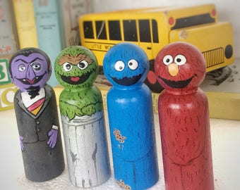 Sesame Street Peg doll set of 4 / busy bag toys / Toys for Quiet Time / Elmo / Cookie Monster / Busy Bag Toddler / Indoor Play