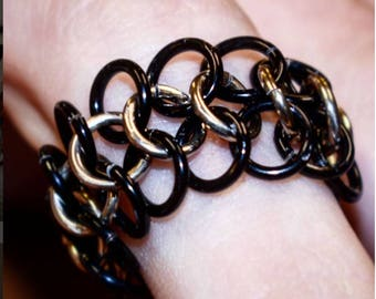 chainmaille ring 4 in 1 with colored  rows