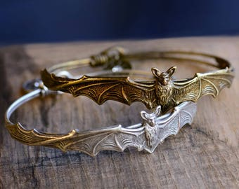 Elvira's Vampire Bat Bracelet, Mistress of the Dark Bracelet, Bat Bracelet, Bat Jewelry, Halloween Bracelet, Gothic Bracelet EL_BR119