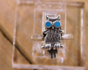 Vintage Sterling Silver Turquoise Owl Ring Size 3