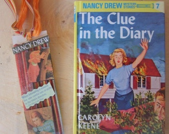 NANCY DREW GIFT SET/THE CLUE IN THE DIARY BOOK et signet