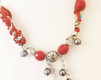 Necklace with Red Pealrs