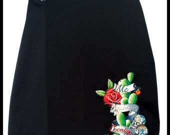 Me Equivouge Contigo Black Pencil Skirt....Size  M