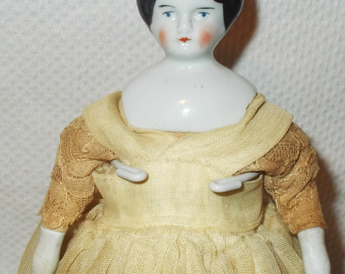 "9"" Antique Hertwig German China Head Porcelain Dollhouse Doll Toy Black Molded Common Hair Original Clothes Marked Germany"