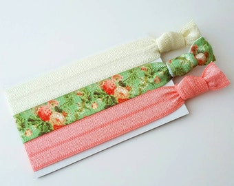 Floral Cottage Chic Hair Tie Set - Women's Hair Ties - Yoga Hair Ties - Bridesmaid Gift - Mother's day Gift - Elastic Hair Ties