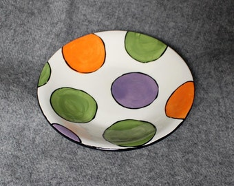 hand painted pottery, bowl, large dots
