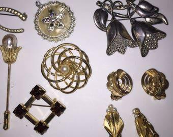 Wholesale Vintage Jewelry Vintage Brooch Job Lot DESTASH Lot Junk Drawer Clean Out LOW Price