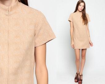 Geometric Dress Mod 60s Mini ATOMIC Print Gogo Hippie 1960s Shift Tan High Neck Vintage Short Sleeve Front Zip Minidress Medium