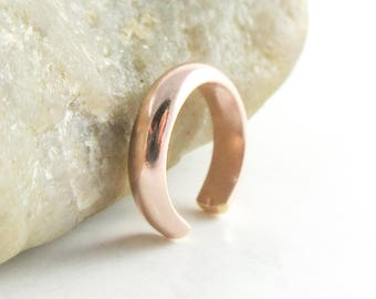 Pink Gold Ear Cuff, 14K Rose Gold Filled, Non-Pierced Earring, Ear Cartilage Cuff, Faux Piercing, Helix Cuff Hoop, Wrap Earring, Daith Cuff