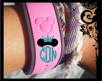 Crowned Personalized Monograms for Your Magic Bands