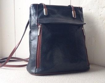 Vintage Black shoulder bag, 1990s leather shoulder bag, Black shoulder bag, Vintage leather handbag.