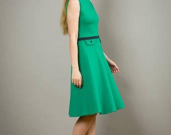 "Ärmelloses Kleid ""Elisa"" mit Tellerrock , in smaragdgrün"