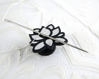 Lotus Needle Minder in Silver