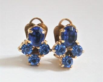 Vintage blue crystal earrings.  Clip on earrings. Rhinestone earrings