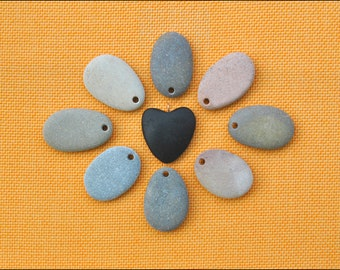 8 Beach stone pendants and a black stone heart.Natural rock from Adriatic Sea. Top drilled beach stone. Flat craft stone to paint.(PD)