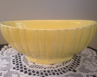 Vintage Haeger Soft Yellow Oval Ribbed Planter Container/4020B