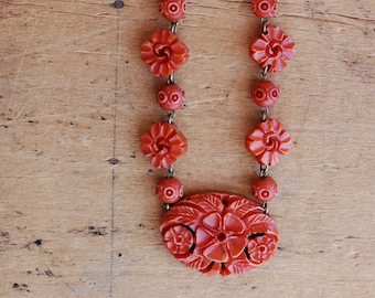 Vintage 1930s Victorian Revival faux coral bead necklace