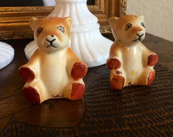 Occupied Japan salt and pepper bear shakers