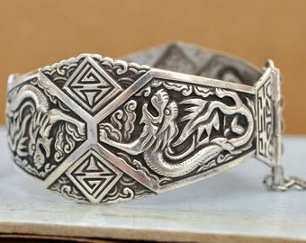 VINTAGE FIND silver tone dragon cuff bangle bracelet,