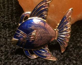 Fish shaped enamel cloisonne shimmering brooch