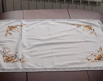 Wasillia Autumn Flower Cloth