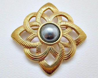 Avon Parisian Impression PIn Brooch - 1980's Vintage Avon Jewelry