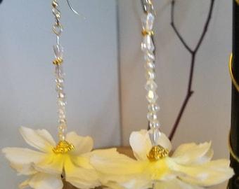 """Elegant all white and Crystal flower earrings """"Diane"""""""