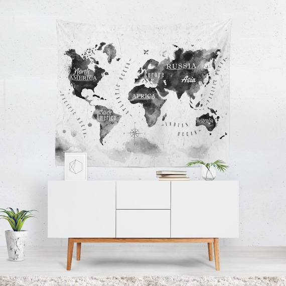 World map wall hanging world map tapestry world map wall te gusta este artculo gumiabroncs Images