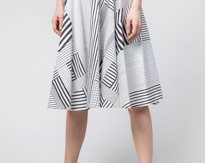 High waisted full skirt, Black and white full skirt, Knee lenght circle skirt, Midi high waist skirt, Bridesmaid gift box