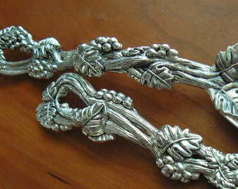 Silver Plated Serving Utensils, Silver Plated Servers, Grape Vine Motif, Silver Plate Serving Spoon and Fork, Salad Servers