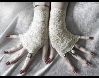 Rohan Lace Fingerless Gloves - Soft Ivory Cream Metallic Floral - Gothic Vampire Regency Tribal Bellydance Goth Austen Bridal Fetish Gypsy