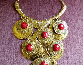 Coral Orange Chunky Bib Necklace, Gold Tone Embossed Metal.