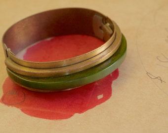 Brass and Green Bakelite Cuff Bracelet 1940s Vintage