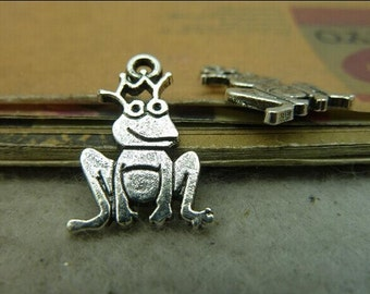 30pcs 12x22mm The Frog Prince Charms -  Antique silver Frog Prince Charms Pendant