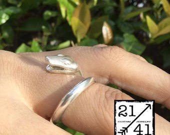 The Snake Ring